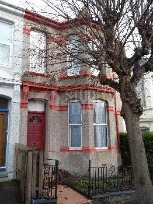 Student Accommodation Plymouth Chaddlewood Avenue Pl4 8rf