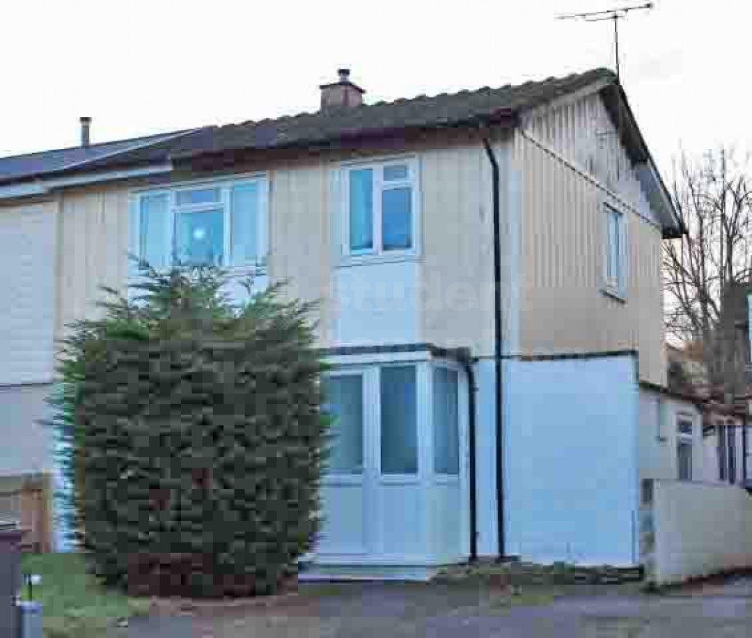 5 Bedroom Student House In Sancroft Avenue Canterbury