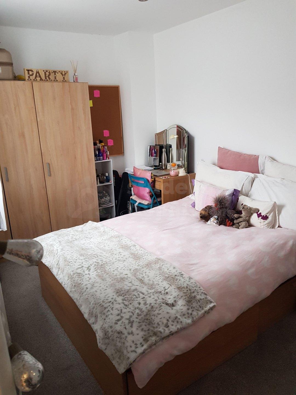 5 Bedroom Student House In Hungerford Street Cheltenham