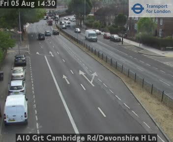 A10 Great Cambridge Road / Devonshire H Lane traffic camera.