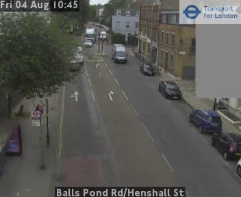 Balls Pond Road / Henshall Street traffic camera.