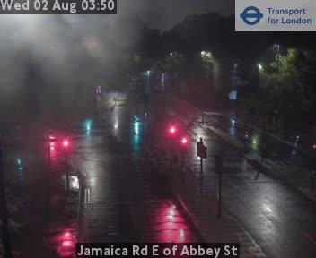 Jamaica Road E of Abbey Street traffic camera.