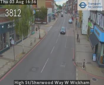High Street / Sherwood Way W Wickham traffic camera.