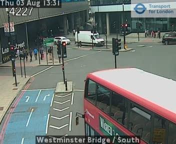 Westminster Bridge  /  South traffic camera.