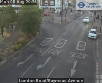 London Road / Raymead Avenue traffic camera.