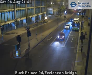 Buckingham Palace Road / Eccleston Bridge traffic camera.