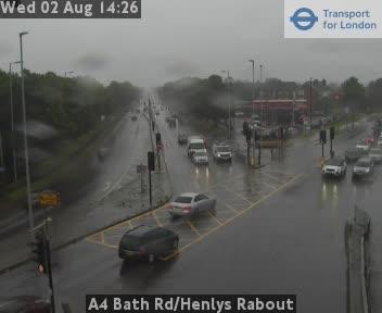 A4 Bath Road / Henlys Roundabout traffic camera.