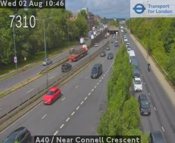 A40  /  Near Connell Crescent traffic camera.