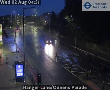 Hanger Lane / Queens Parade traffic camera.