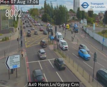 A40 Horn Lane / Gypsy Corner traffic camera.