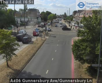 A406 Gunnersbury Avenue / Gunnersbury Lane traffic camera.