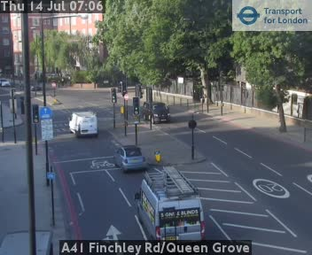 A41 Finchley Road / Queen Grove traffic camera.