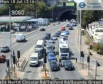 A406 North Circular Road / Telford Road / Bounds Green Road traffic camera.