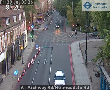 A1 Archway Road / Holmesdale Road traffic camera.
