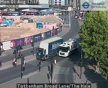 Tottenham Broad Lane / The Hale traffic camera.