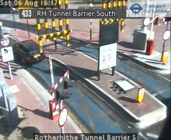 Rotherhithe Tunnel Barrier S traffic camera.