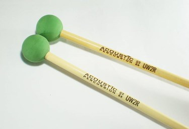 Acoustic Percussion UW2R Unwound Series Med-bright rubber mallet- rattan handle