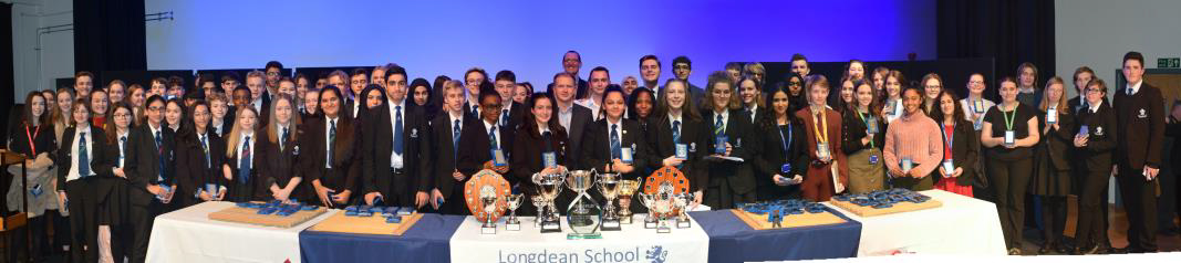 London Removal Company give out the prizes at Longdean School