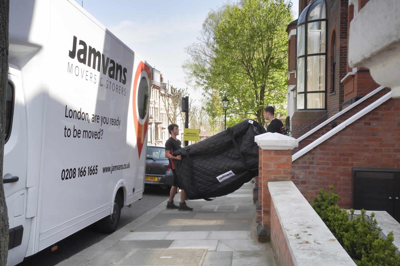 JamVans-Man-With-A-Van-London