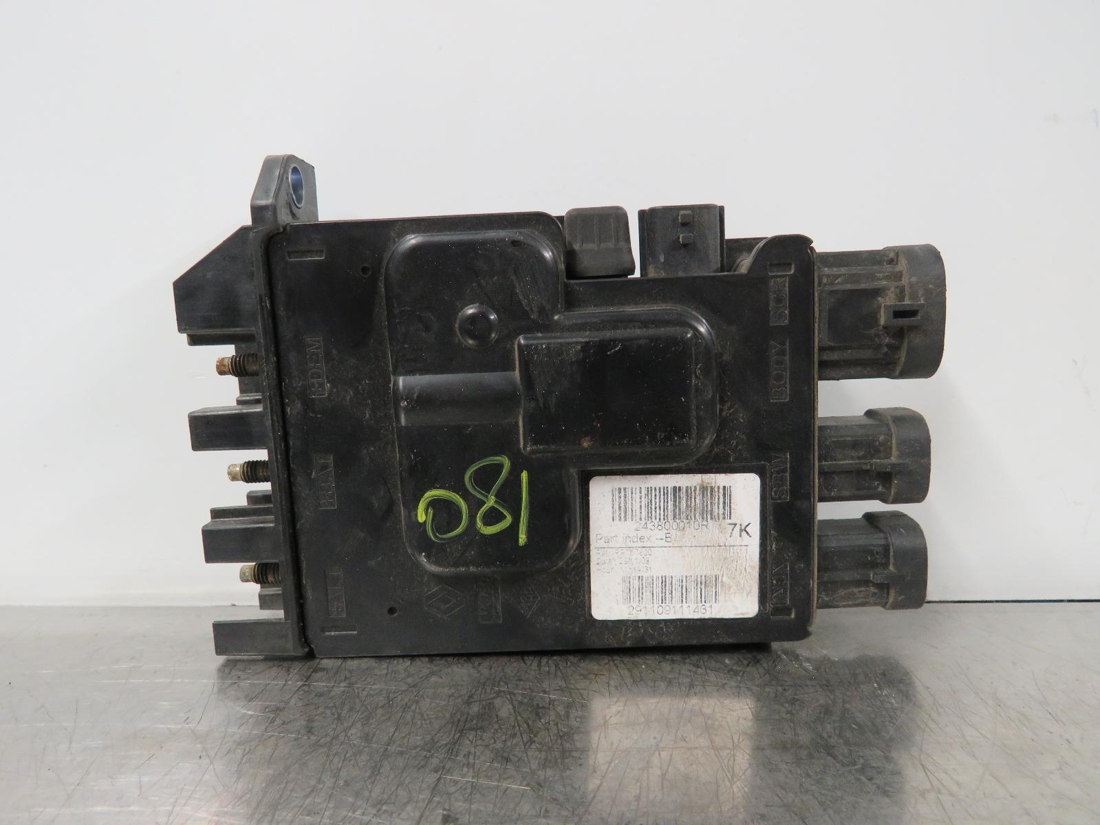 Renault Megane Mk3 16 Ref 081 Battery Fuse Box 243800010r Free 03 42530