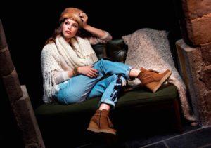 Boots compensées en cuir velours camel KANNA