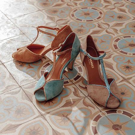 Cérémonie : sandales en cuir Les Venues