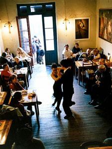 tango-dance_6617_600x450
