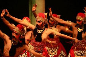 javanese-dancers_31629_600x450