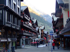 imagine din oras ZERMATT