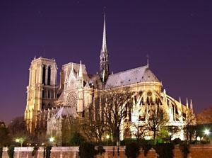 Notre_Dame_noaptea