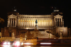 Il Vittoriano by night