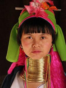 zlong-neck-tribe_10828_600x450