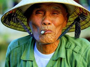 2riverboat-captain-hoi-an-vietnam_11382_600x450