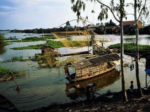 3mekong-delta-fishing-nets_11380_600x450