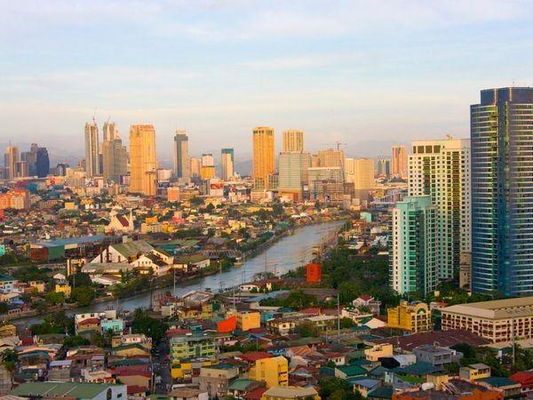 Revelion FILIPINE