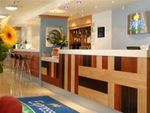 Hotel-EXPRESS-BY-HOLIDAY-INN-EARLS-COURT-LONDRA-ANGLIA