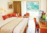 Hotel-AMATHUS-BEACH-RESORT