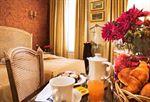 Hotel-BEST-WESTERN-PLAZA-ELYSEES-PARIS