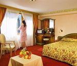 Hotel-CARLO-MAGNO-ZELEDRIA