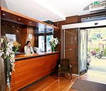 Hotel-HOLIDAY-INN-GARDEN-COURT-PARIS-MONTMARTRE