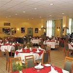 Hotel-HUNGUEST-PLATANUS