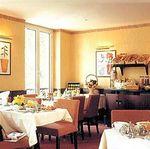 Hotel-MARCEAU-CHAMPS-ELYSEES