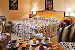 Hotel-MARTINEZ