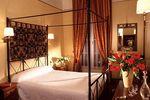 Hotel-SAINT-PAUL-PARIS-FRANTA