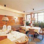 Hotel-TOUROTEL-BREINOSSL-INNSBRUCK-AUSTRIA