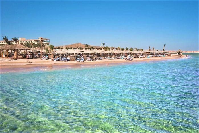 AMWAJ BLUE BEACH RESORT AND SPA 7