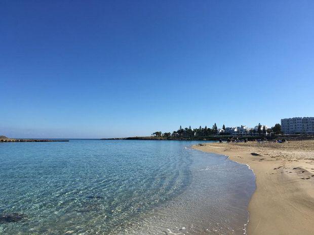 ANASTASIA BEACH 8