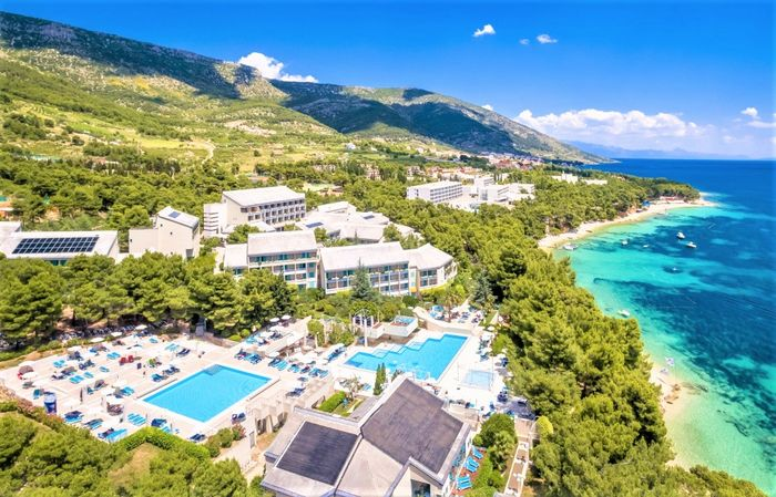 BRETANIDE SPORT AND  WELLNESS RESORT