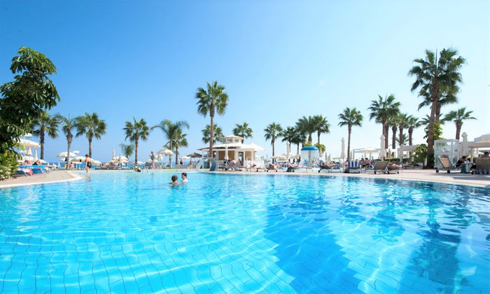 CONSTANTINOS THE GREAT BEACH HOTEL 7