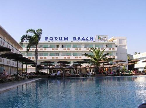 FORUM BEACH 8